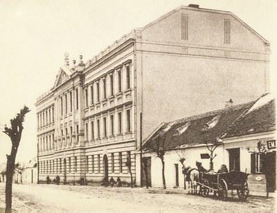 Budova Purkyňova gymnázia Strážnice v roce 1904